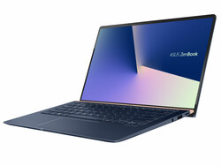 华硕ZenBook 14 UX433FN-A6023T笔记本电脑评测. Test device courtesy of Cyberport.