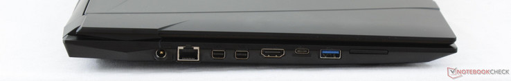 Left: AC adapter, Gigabit RJ-45, mDP 1.3, mDP 1.2, HDMI 1.4, USB 3.1 Type-C Gen. 2, USB 3.0, SD reader