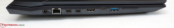 left: DC-in, RJ45-LAN, Mini DisplayPort 1.2, Mini DisplayPort 1.4 (G-Sync), HDMI 2.0, USB-C 3.1 Gen2, USB-A 3.1 Gen2, card reader